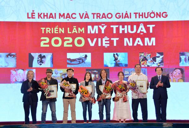 Lễ khai mạc và trao giải thưởng Triển lãm Mỹ thuật Việt Nam 2020